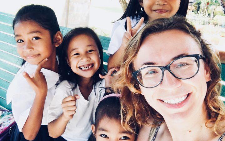 filipine anca si localnici